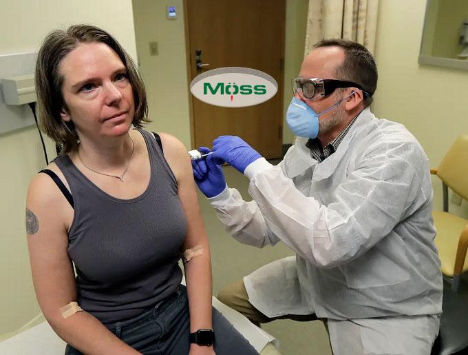 Những người tham gia nghiên cứu thử nghiệm lâm sàng đầu tiên