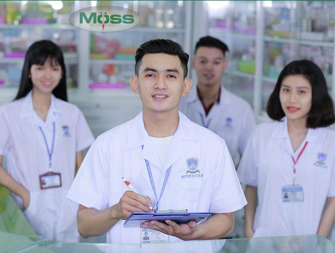 Không ngừng học hỏi các dịch vụ trong ngành dược phẩm