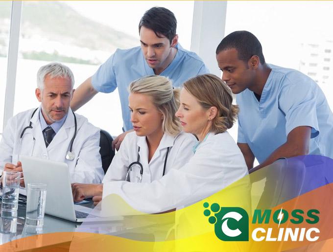 Đội ngũ nhân viên đóng vai trò quan trọng trong phát triển phòng khám